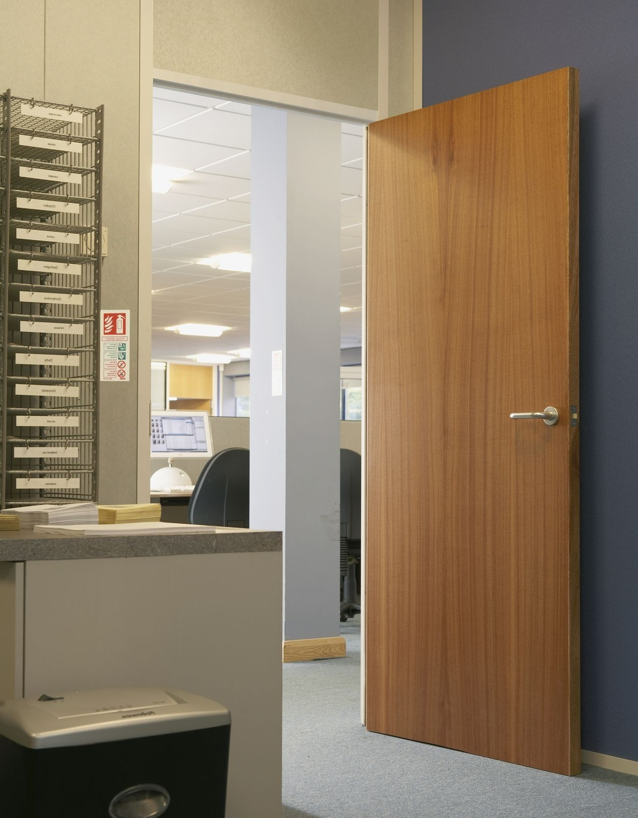 Sapele doors sapele fire door office doors for Designer interior doors uk